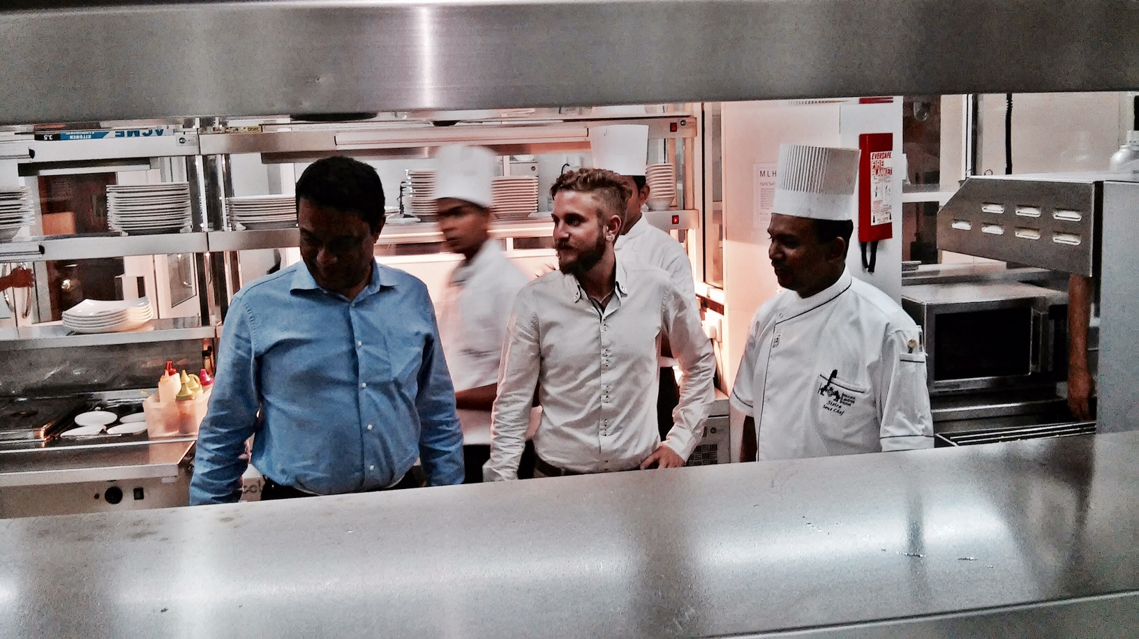 Črt Butul checking the kitchen in Mout Lavinia (Colombo, Sri Lanka) with the manager and headchef of the hotel's restaurant. (February, 2015)